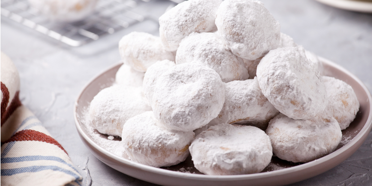 Enjoy Every Wedding and Holiday With Greek Kourabiedes Biscuits