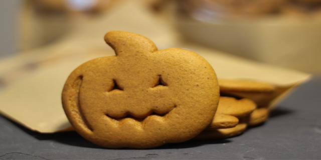 Halloween shortbread biscuit pumpkin