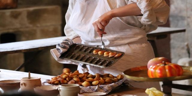 Madeleines baking moulds
