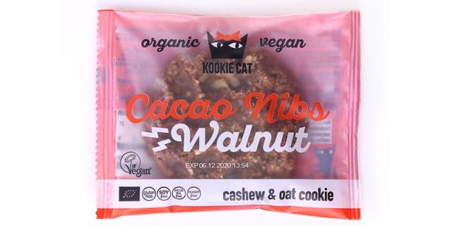 Kookie Cat Cacao Nibs Walnut biscuit