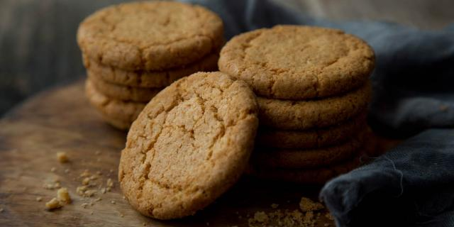 Rotary Moulded Golden Crunch Biscuits
