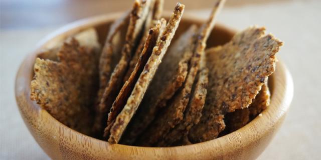 crackers biscuit vegan