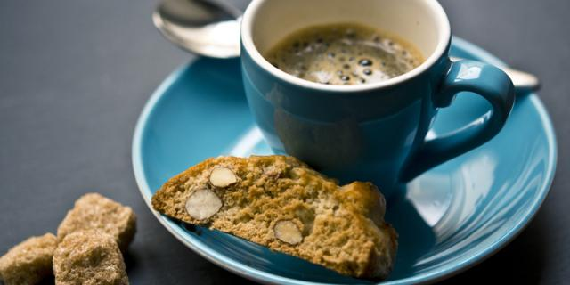 coffee and cantucci