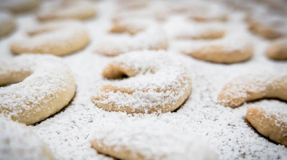 Vanillekipferl: The Austrian Crescent-shaped Biscuits
