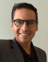 Oswaldo Vazquez Business Development and Equipment manufacturer
